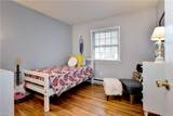 128 Queen Mary Ct - Photo 19