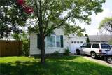 2061 White Water Dr - Photo 2