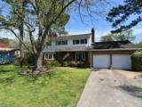 912 Townsend Dr - Photo 1
