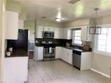 1809 Bloomfield Dr - Photo 3