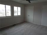 250 Mill Point Dr - Photo 16