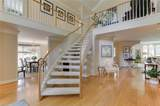 100 Holly Cres - Photo 4