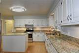 1081 Downshire Chse - Photo 23