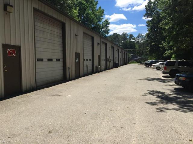 505 Seaford Rd B, York County, VA 23696 (MLS #10152642) :: Chantel Ray Real Estate