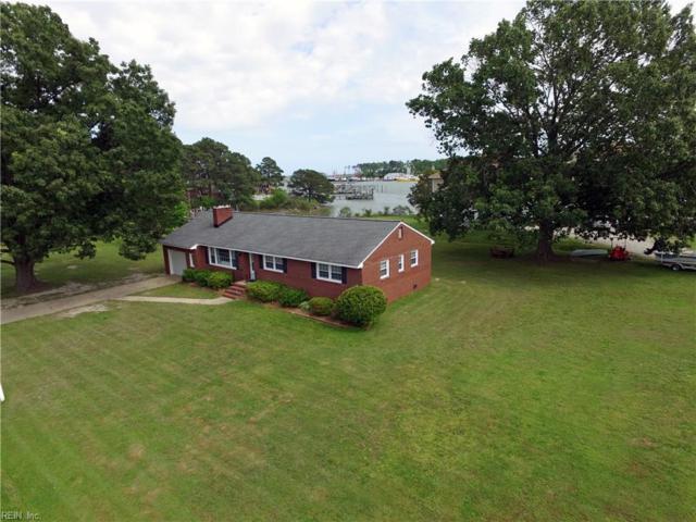 400 Dandy Loop Road, York County, VA 23692 (#10163120) :: The Kris Weaver Real Estate Team