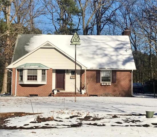319 Riverside Dr, York County, VA 23692 (#10170711) :: Abbitt Realty Co.