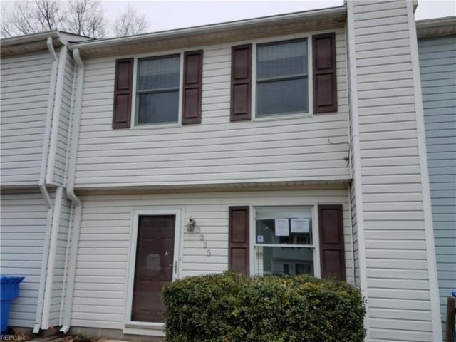 3225 Yellow Pine Cres, Chesapeake, VA 23321 (#10172324) :: Rocket Real Estate