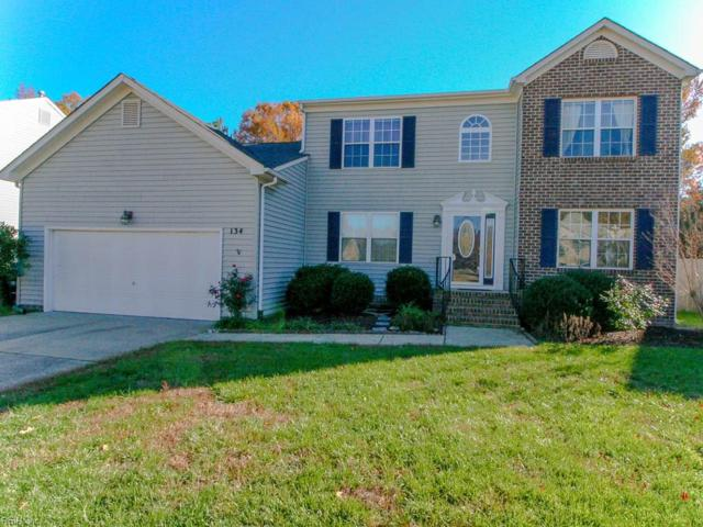 134 Hedgerow Ln, York County, VA 23693 (#10178639) :: The Kris Weaver Real Estate Team
