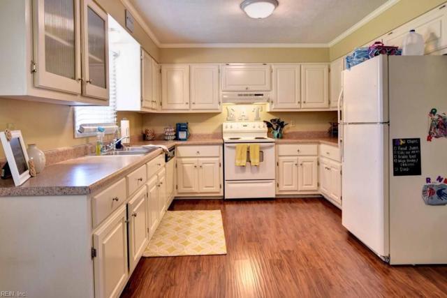 13 Ross Dr, Newport News, VA 23601 (MLS #10178678) :: Chantel Ray Real Estate