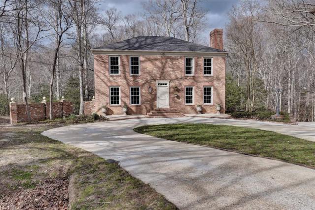 106 Greenwood Dr, York County, VA 23185 (#10180326) :: Austin James Real Estate