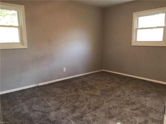 1737 Skyline Dr, Norfolk, VA 23518 (#10189761) :: The Kris Weaver Real Estate Team