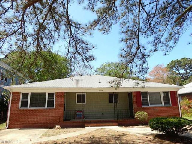 2217 Oak St, Virginia Beach, VA 23451 (#10198076) :: Reeds Real Estate