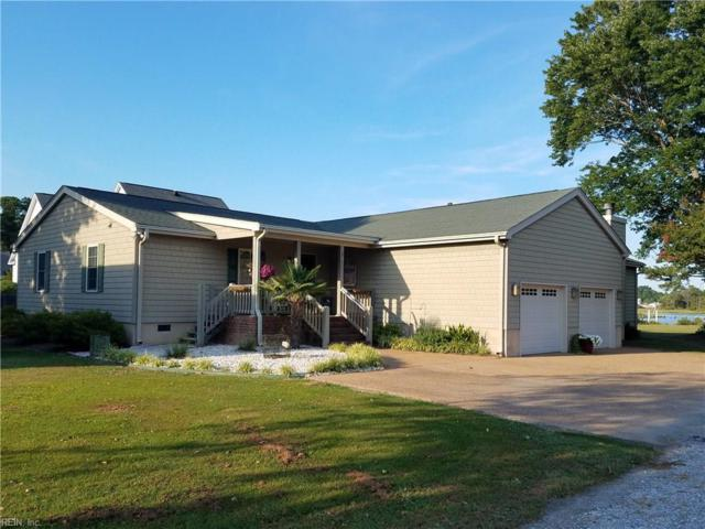126 Landing Rd, York County, VA 23696 (#10207650) :: Abbitt Realty Co.