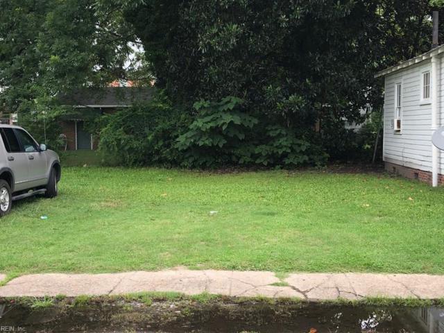 542 Wilson St, Suffolk, VA 23434 (MLS #10207937) :: Chantel Ray Real Estate