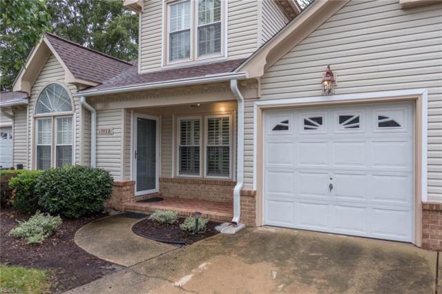 1302 Sand Bunker Arch B, Chesapeake, VA 23320 (MLS #10208772) :: Chantel Ray Real Estate