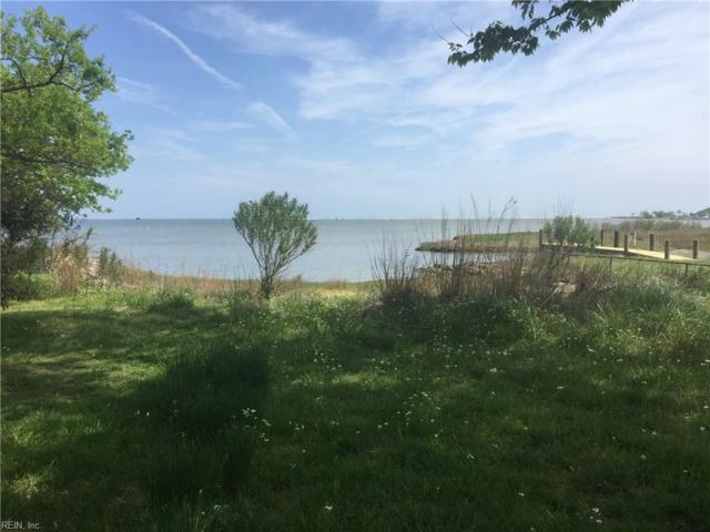 458 Wind Mill Point Rd, Hampton, VA 23664 (MLS #10210201) :: Chantel Ray Real Estate