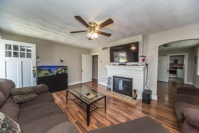 708 Hamilton Ave, Portsmouth, VA 23707 (#10214721) :: The Kris Weaver Real Estate Team