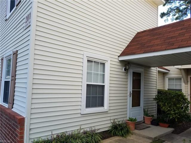 201 Quarter Trl A, Newport News, VA 23608 (#10215702) :: Abbitt Realty Co.