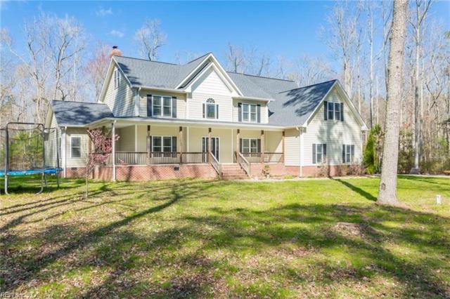 142 Lewis Dr, York County, VA 23696 (#10217525) :: The Kris Weaver Real Estate Team