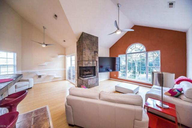 3224 Lynnhaven Dr, Virginia Beach, VA 23451 (#10217572) :: Berkshire Hathaway HomeServices Towne Realty