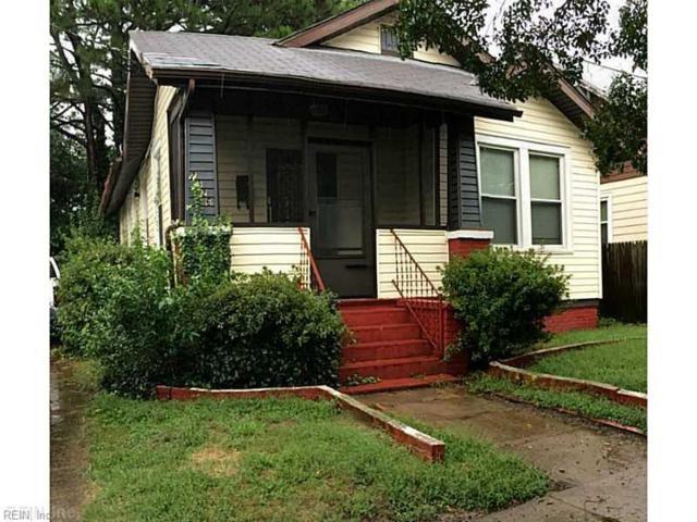 2526 Harrell Ave, Norfolk, VA 23509 (MLS #10223788) :: Chantel Ray Real Estate