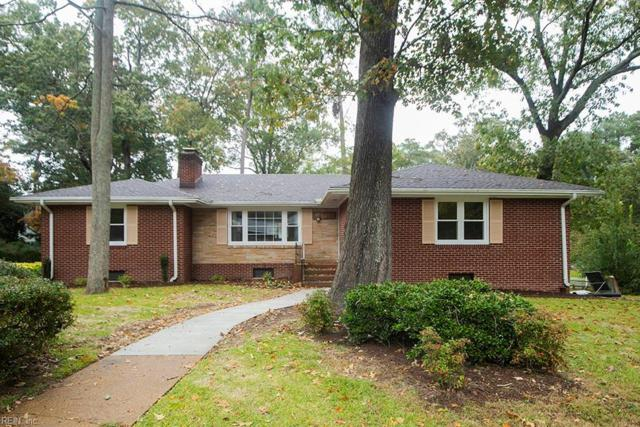 1605 Mallard Ln, Virginia Beach, VA 23455 (#10225864) :: Abbitt Realty Co.
