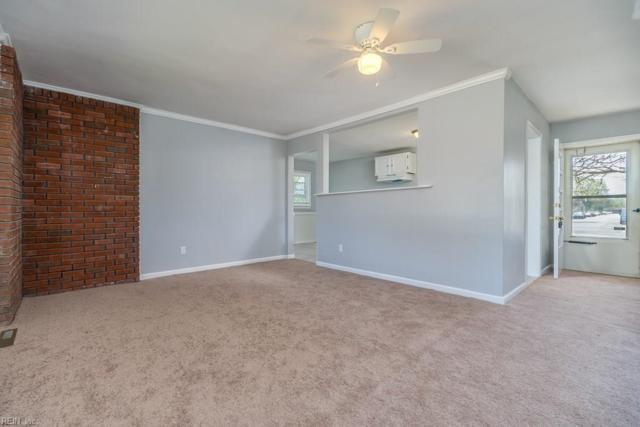 112 Findley Sq, Hampton, VA 23666 (#10228731) :: Coastal Virginia Real Estate