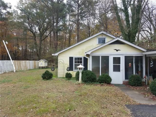 2875 Kings Creek Rd, Gloucester County, VA 23072 (#10229365) :: Chad Ingram Edge Realty