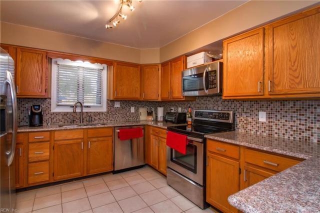 1203 Foursome Ln, Virginia Beach, VA 23455 (#10229622) :: Vasquez Real Estate Group