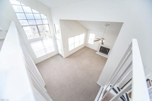5072 Heathglen Cir, Virginia Beach, VA 23456 (MLS #10231720) :: Chantel Ray Real Estate