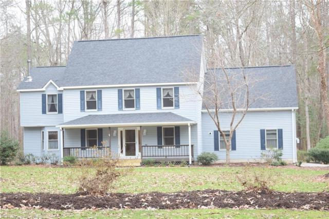 8441 Woodhaven Dr, Gloucester County, VA 23061 (#10233400) :: Chad Ingram Edge Realty