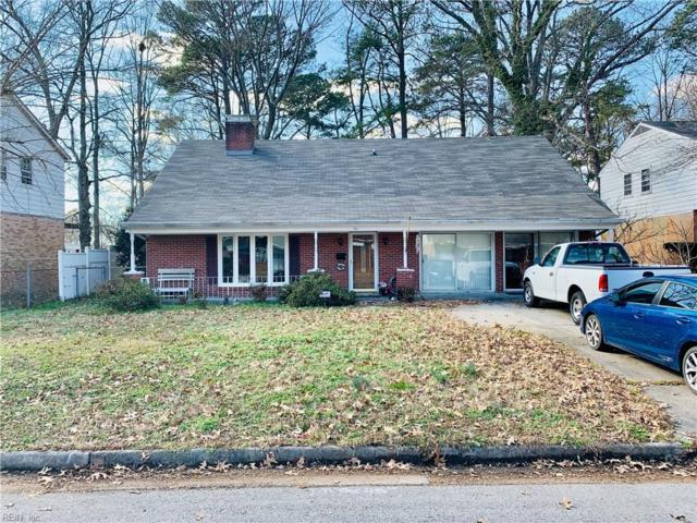 741 April Ln, Newport News, VA 23601 (#10235122) :: Berkshire Hathaway HomeServices Towne Realty