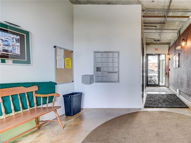 443 Saint Pauls Pl 1E, Norfolk, VA 23510 (#10241165) :: Berkshire Hathaway HomeServices Towne Realty