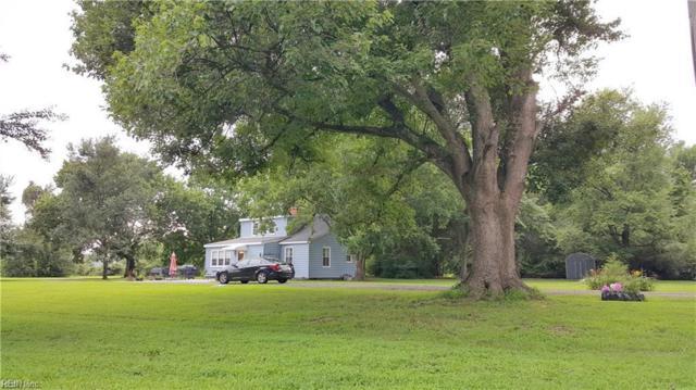 8282 Brays Point Rd, Gloucester County, VA 23072 (#10241492) :: Abbitt Realty Co.