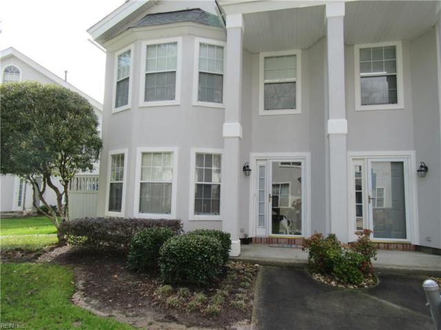563 Seahorse Rn, Chesapeake, VA 23320 (MLS #10244919) :: Chantel Ray Real Estate