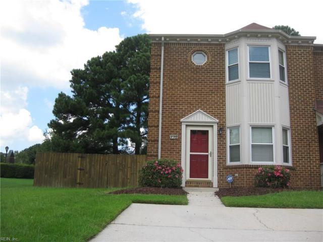 770 Creekside Cres, Chesapeake, VA 23320 (MLS #10245013) :: Chantel Ray Real Estate