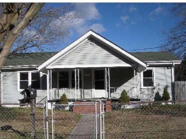 1130 Elk Ave, Norfolk, VA 23518 (MLS #10248077) :: AtCoastal Realty