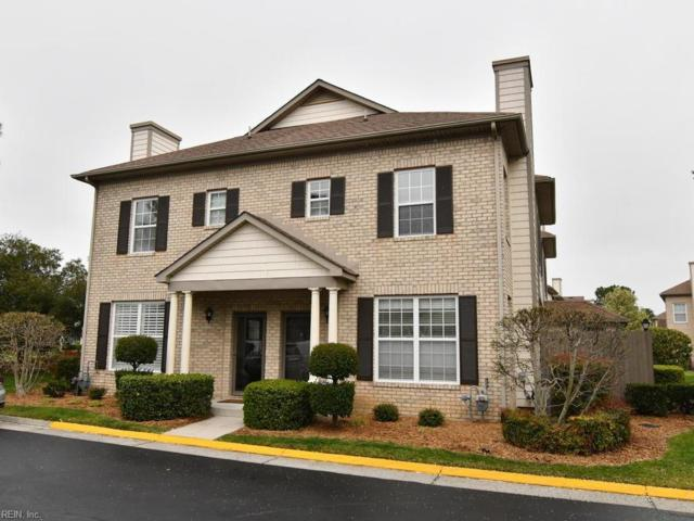 2032 Smallbrooke Ct, Virginia Beach, VA 23454 (#10252037) :: Chad Ingram Edge Realty