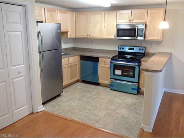 1519 Vine St, Norfolk, VA 23523 (MLS #10253705) :: AtCoastal Realty