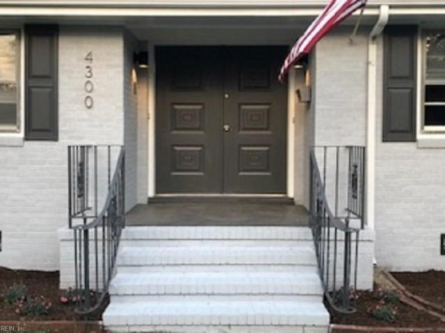 4300 Gosnold Dr, Norfolk, VA 23508 (#10258309) :: Upscale Avenues Realty Group
