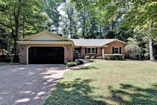 118 Little John Rd, York County, VA 23185 (#10262085) :: Momentum Real Estate