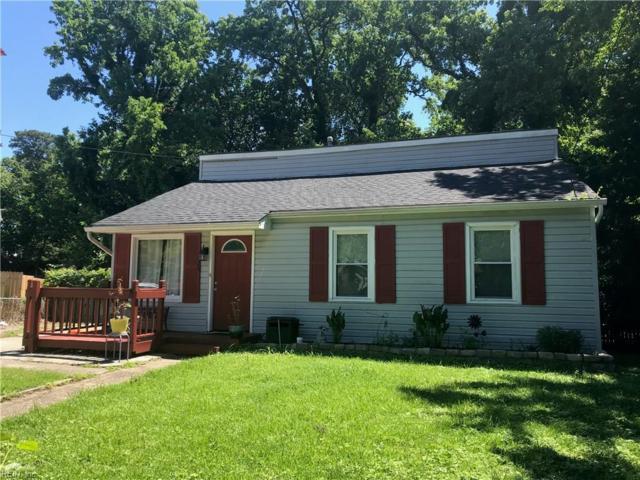 425 Walnut St, Hampton, VA 23669 (#10264641) :: Berkshire Hathaway HomeServices Towne Realty