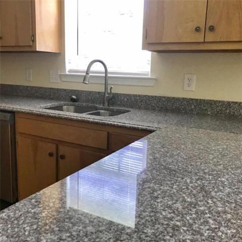 709 Smith St, Hampton, VA 23661 (#10266368) :: AMW Real Estate