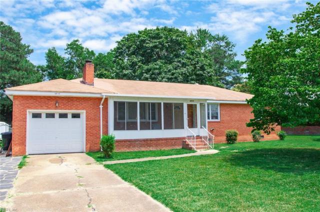 4616 Twain Ln, Virginia Beach, VA 23455 (MLS #10266847) :: Chantel Ray Real Estate