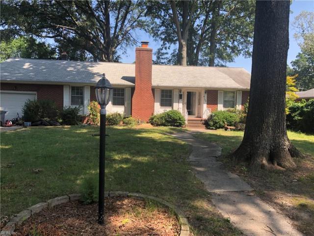 4102 Chippendale Ct, Hampton, VA 23666 (#10266888) :: The Kris Weaver Real Estate Team