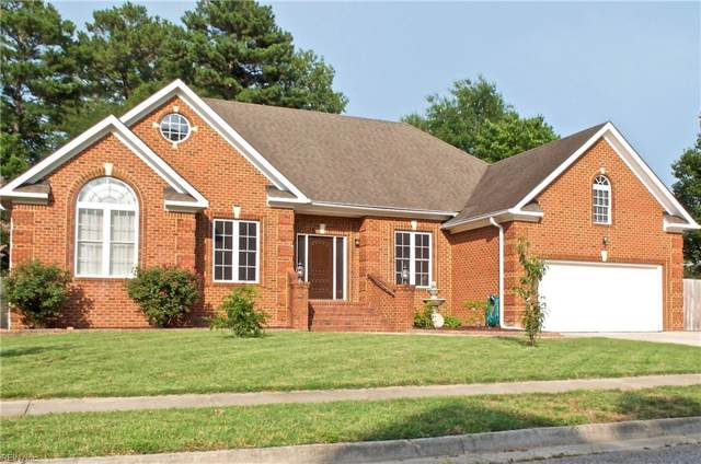 719 Wentworth Dr, Chesapeake, VA 23322 (#10268640) :: The Kris Weaver Real Estate Team