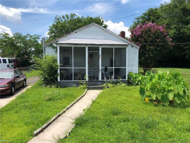 211 N 6th St, Suffolk, VA 23434 (MLS #10269613) :: Chantel Ray Real Estate