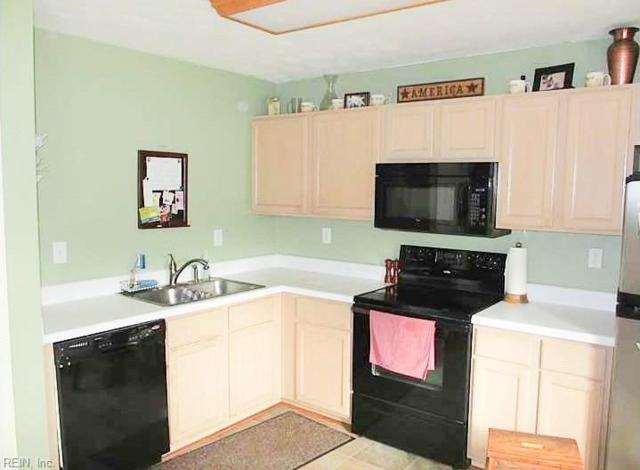 2709 Lake Ridge Ct, Chesapeake, VA 23323 (#10270185) :: Austin James Realty LLC