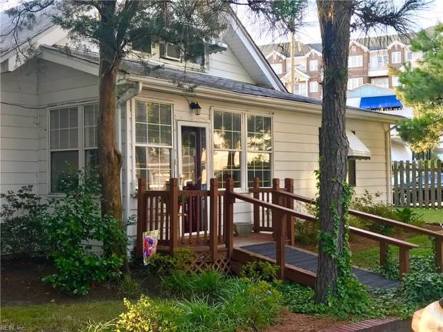 3608 Dupont Cir, Virginia Beach, VA 23455 (#10270558) :: The Kris Weaver Real Estate Team