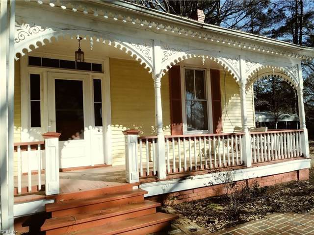 1420 Clay St, Franklin, VA 23851 (MLS #10270687) :: Chantel Ray Real Estate